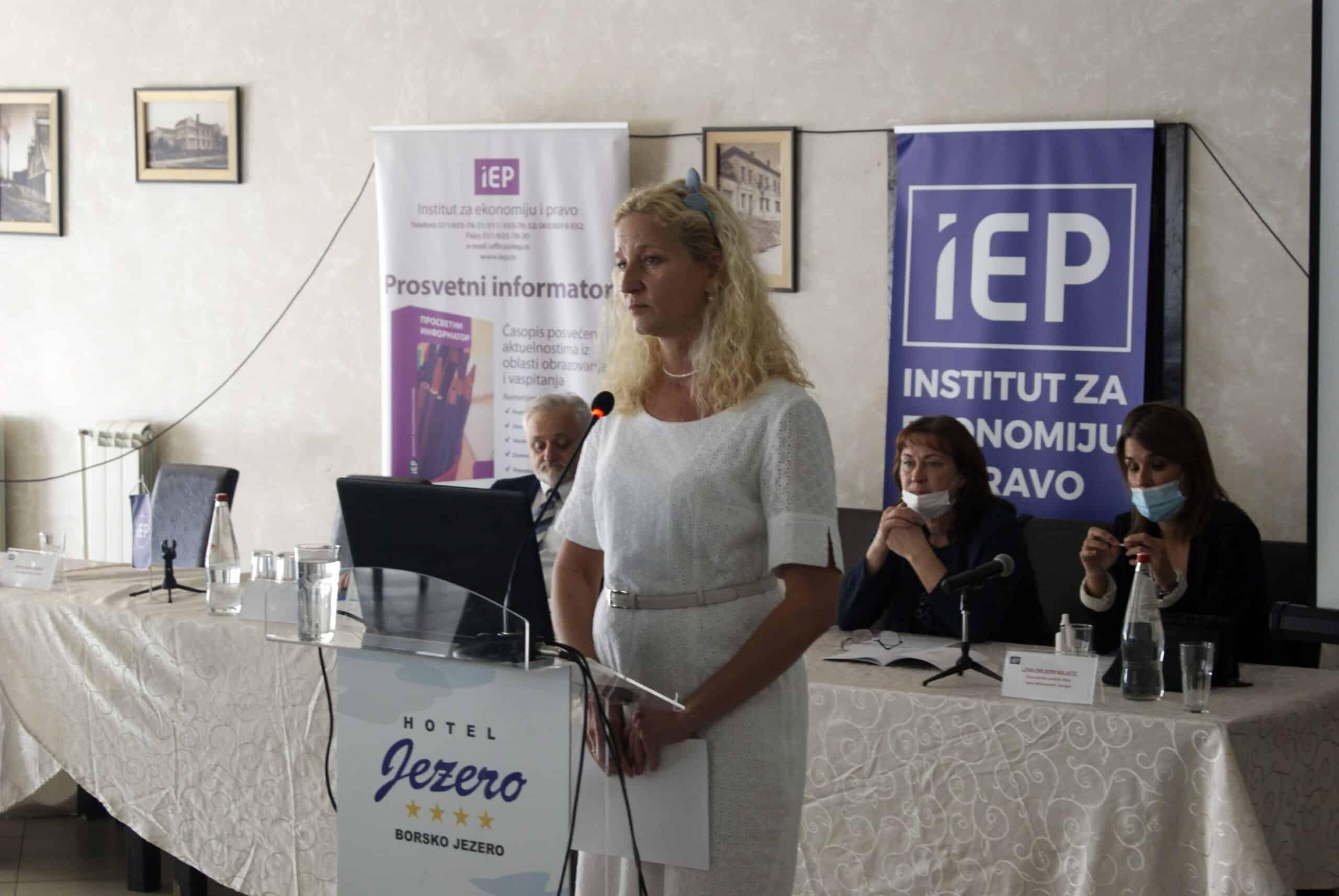 Vaspitni rad u domovima učenika srednjih škola Republike Srbije